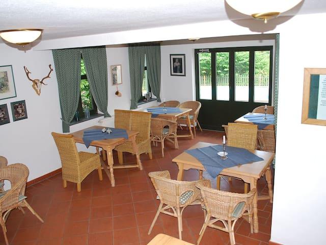 Gastehaus Alte Schule 4661.1 - Dargun - Apartament
