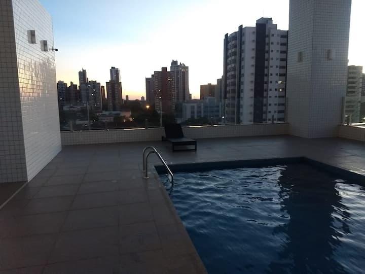 Apartamento confortável e perto de tudo em Maringá