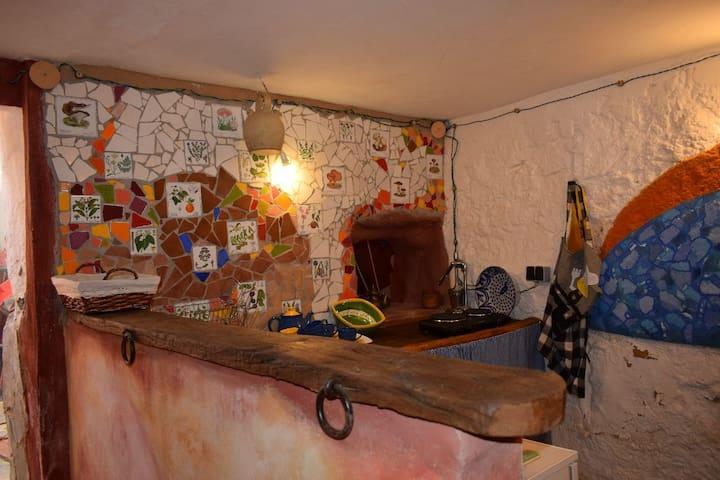 La casa  de  RODRIGO TARENSI - Cogollos de la Vega - บ้าน