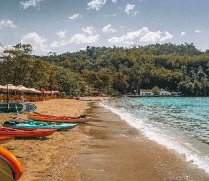 Aconchegante apto na beira da praia do Pontal