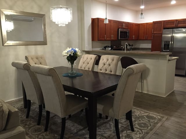 Brand New & Spacious Vergara's House - Kapolei - Maison