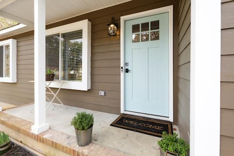 Renovated Raleigh Bungalow
