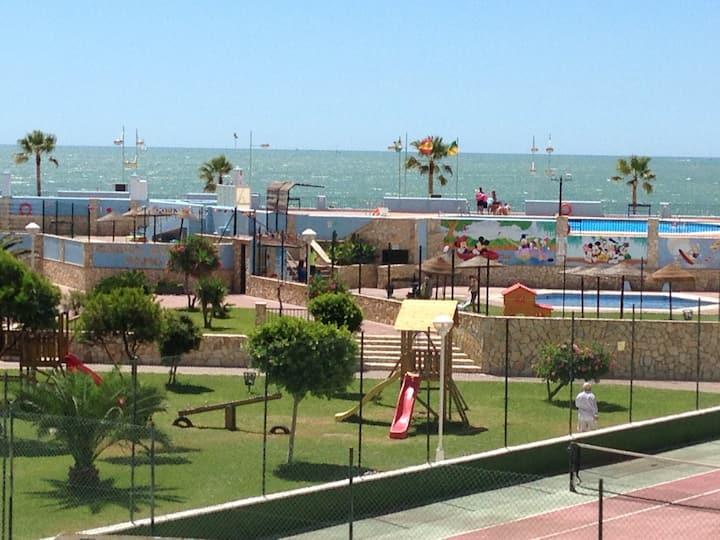 Nice  Apart.Sea view.WIFI SATEL
