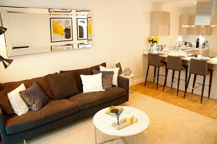 Modern 2 Bedroom in heart of Welwyn Garden City