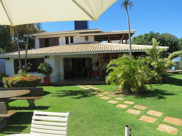 Excelente House in Guarajuba/ BA - Camaçari - Ev