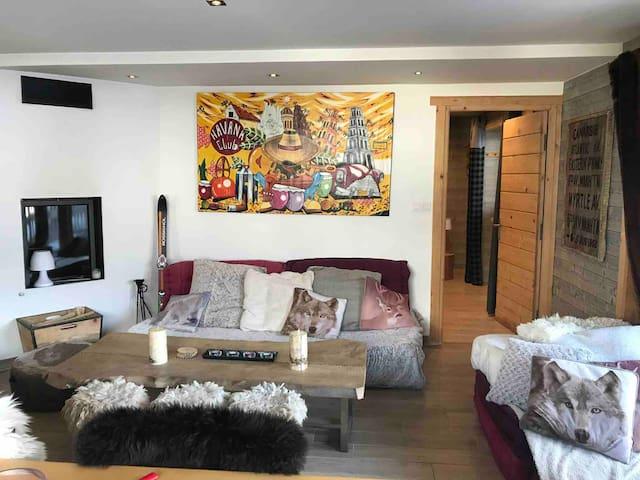 Appartement MERIBEl 80 m2 AU COEUR DES 3 Vallées