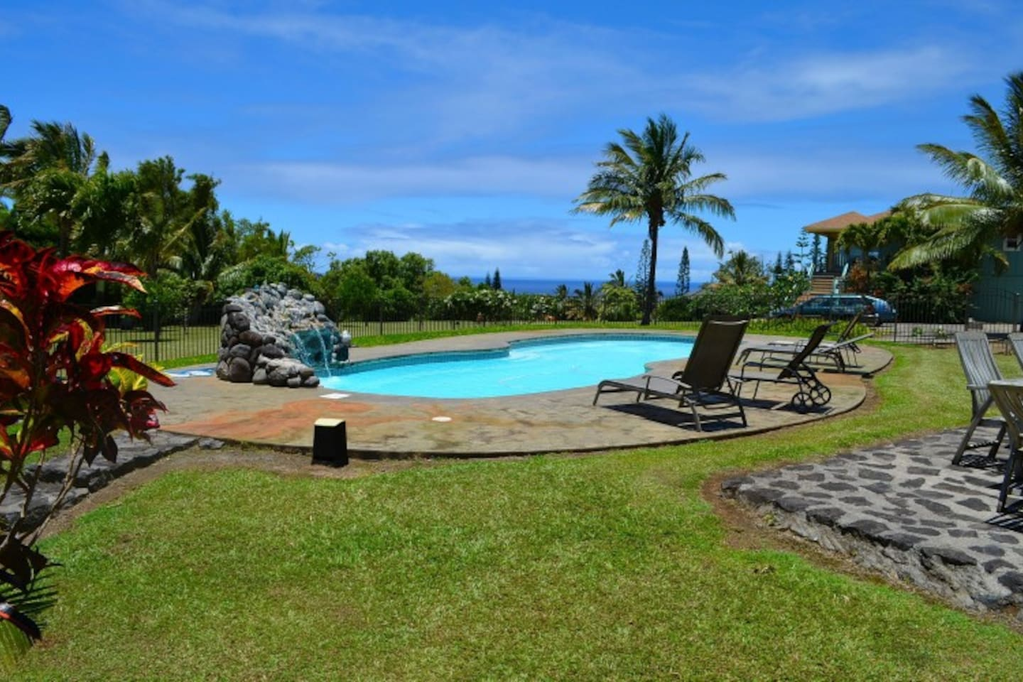 40 foot saltwater pool at Maui Ocean Breezes