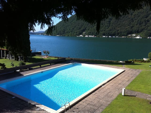 Lake Lugano  waterfront apartment - Maroggia
