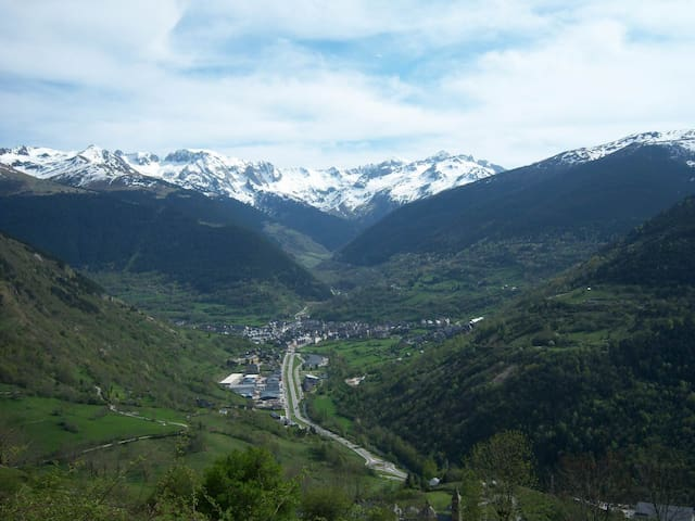 Valle de aran casa con encanto houses for rent in mont - Casas en valle de aran ...