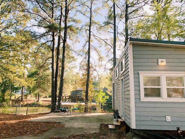 Tiny House on Lake Hamilton