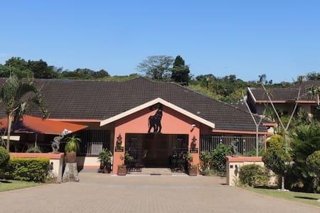 Elephant Coast Guest House - Saint Lucia - Rumah Tamu