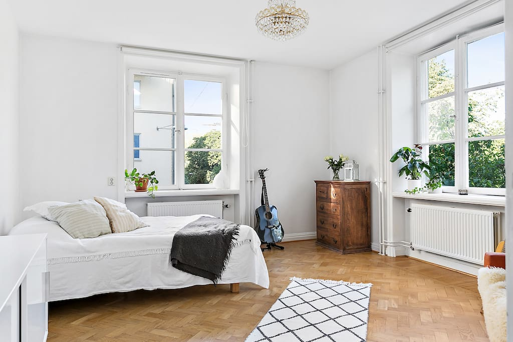 Bright room with 2 big windows to catch as much light as Stockholm can possibly offer.