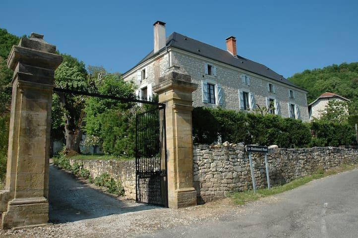 Gîte à Peyrillac-Millac près Sarlat - Peyrillac-et-Millac - Talo