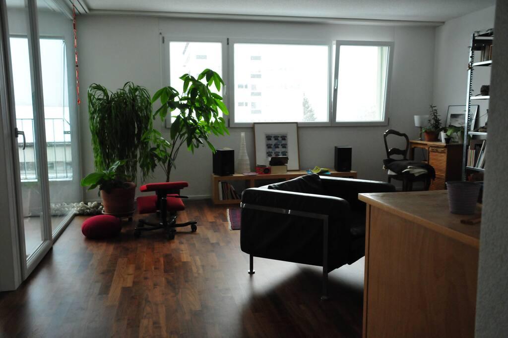 Quiet room in new apartment