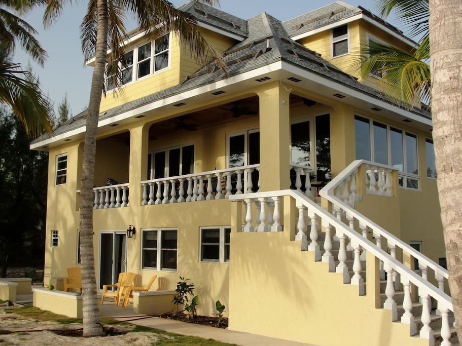 Newer home on eleuthera pink beach houses for rent in for Beach houses for rent in bahamas