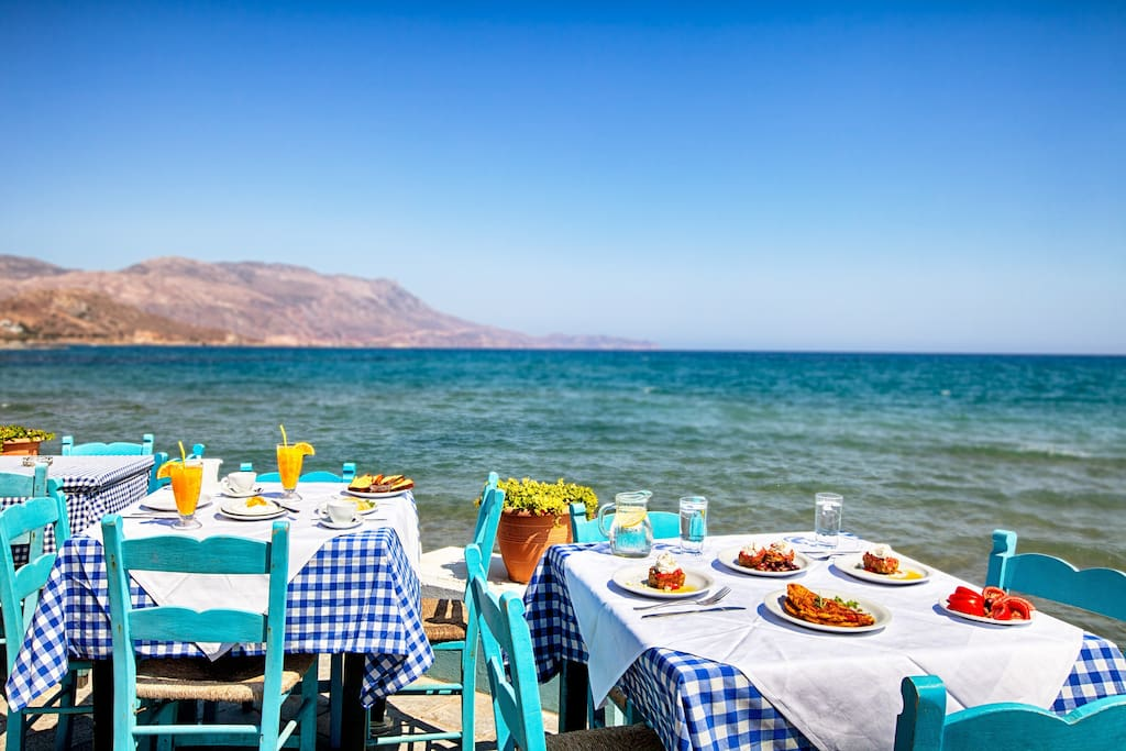 """Free breakfast, 100metres from our lodging- direct on the beach front in our restaurant """"The Cellar"""" from 08.00-11.00"""