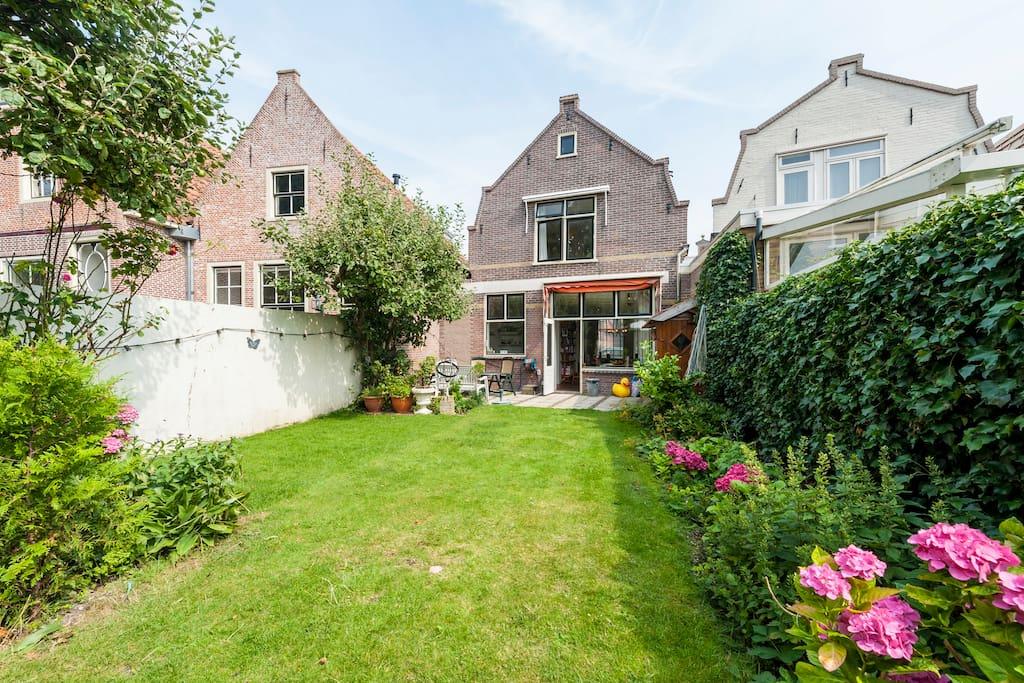 Amazing family home near amsterdam case in affitto a for Case amsterdam affitto economiche