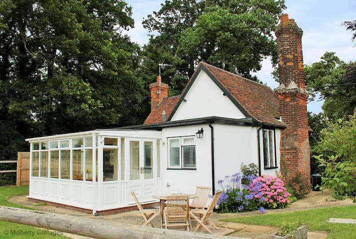 South Lodge 4 Star Charming Rural Cottage - Finchingfield - Huis