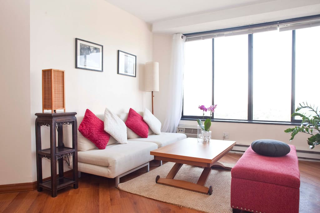 Peaceful and inspiring apartment with great-light and breath-taking views of Manhattan and Central Park