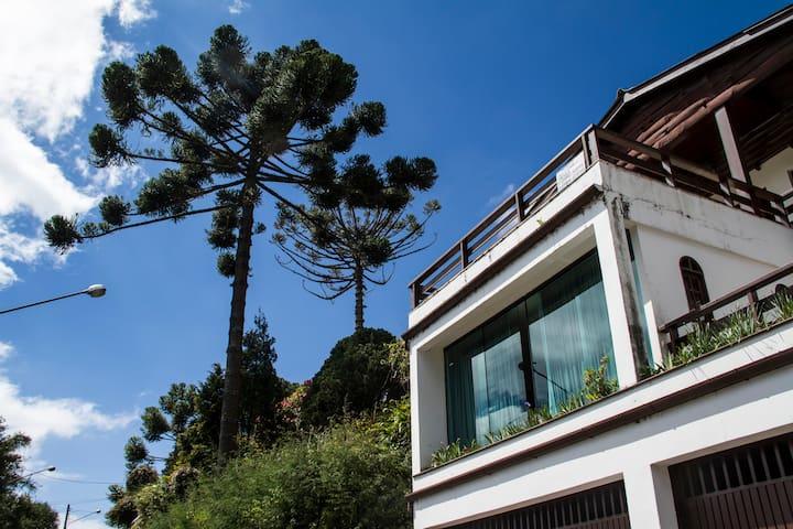 Linda Suíte em Vila Capivari. ótimo para casal - Campos do Jordão - Appartement