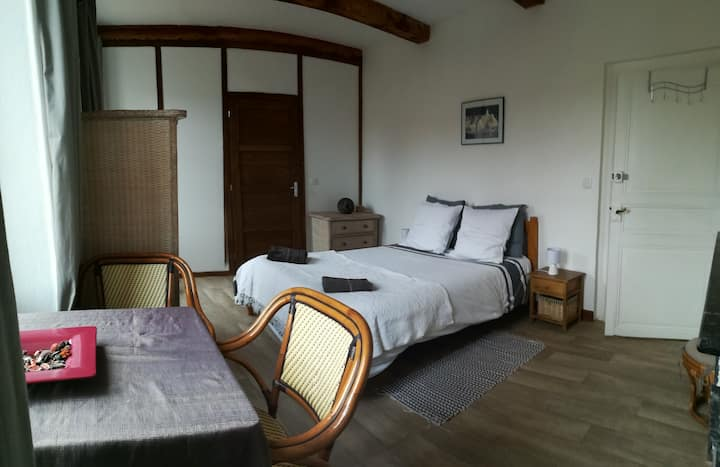 chambre double privé chez shona, Lagrasse.