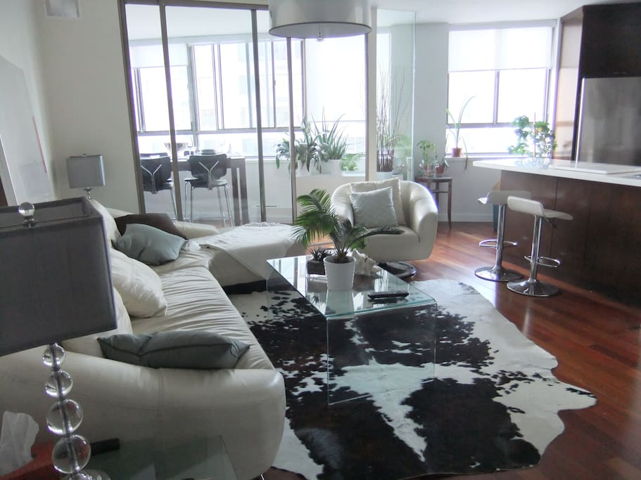 High end lakefront 2 bedroom den apartments for rent - 2 bedroom apartments in toronto canada ...