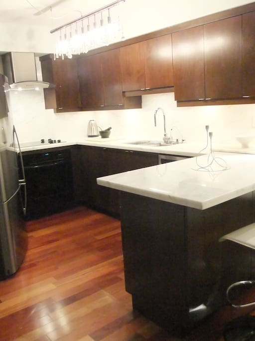 High end lakefront 2 bedroom den apartments for rent for High end hardwood flooring