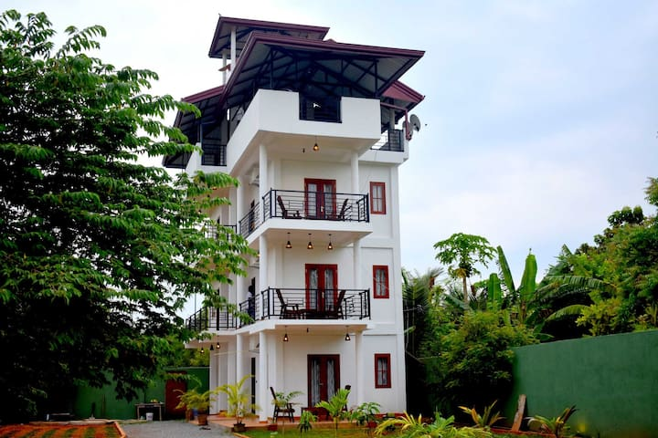 Deluxe Double Room / Blue Sky Hotel Yala