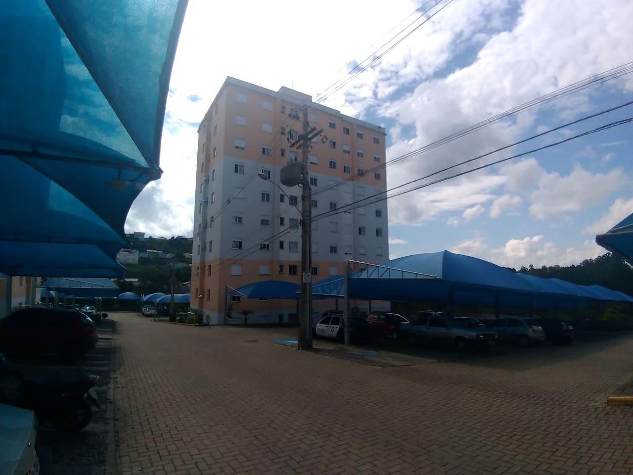 Torre II do condomínio.