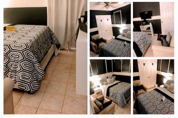 Feel @ Home 12 min to downtown Raleigh. No fees