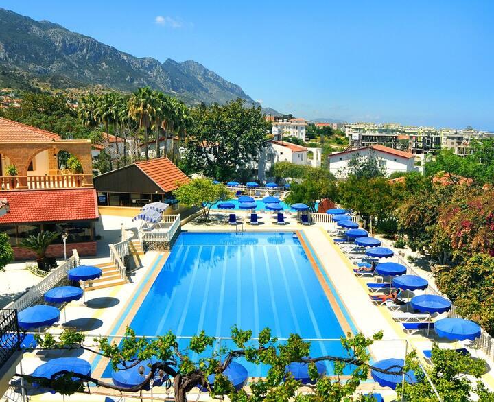 Riverside Garden Resort, Kyrenia