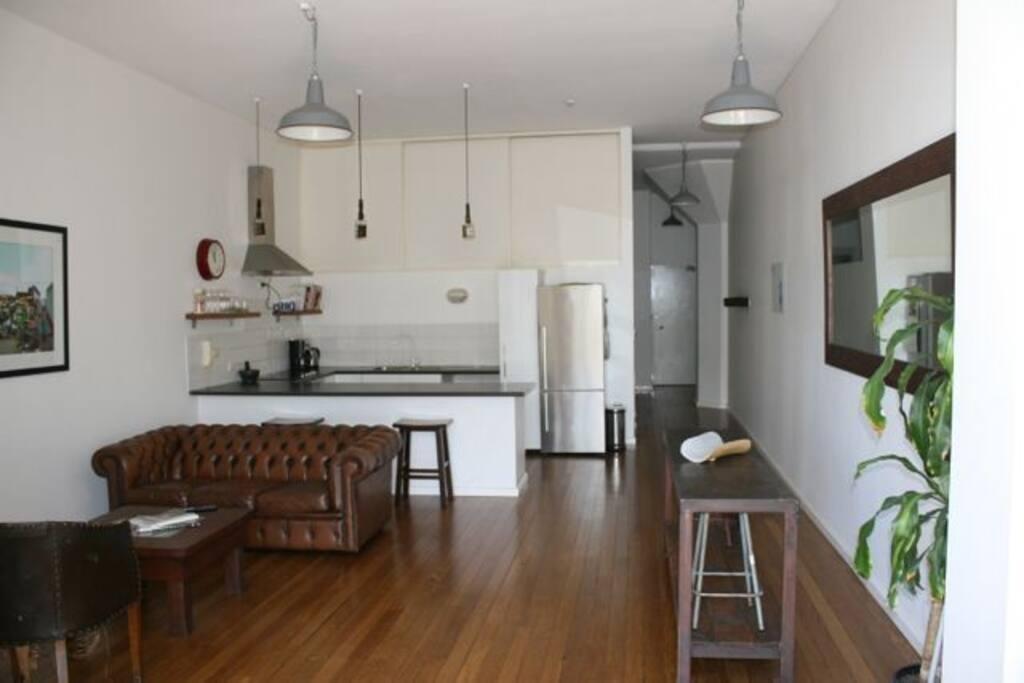 Wooden floors, high ceilings