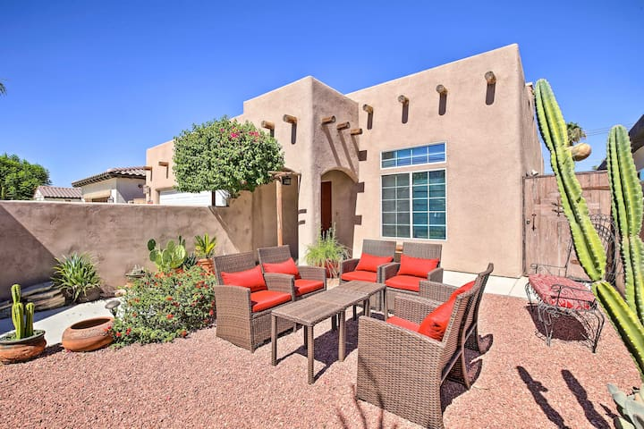 Superb La Quinta Home w/Great Location & Mtn Views