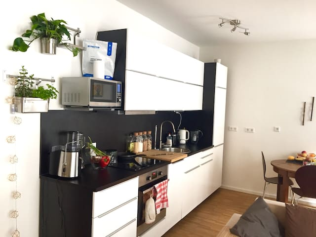 Beautiful room in Prenzlauer Berg - Berlín - Departamento