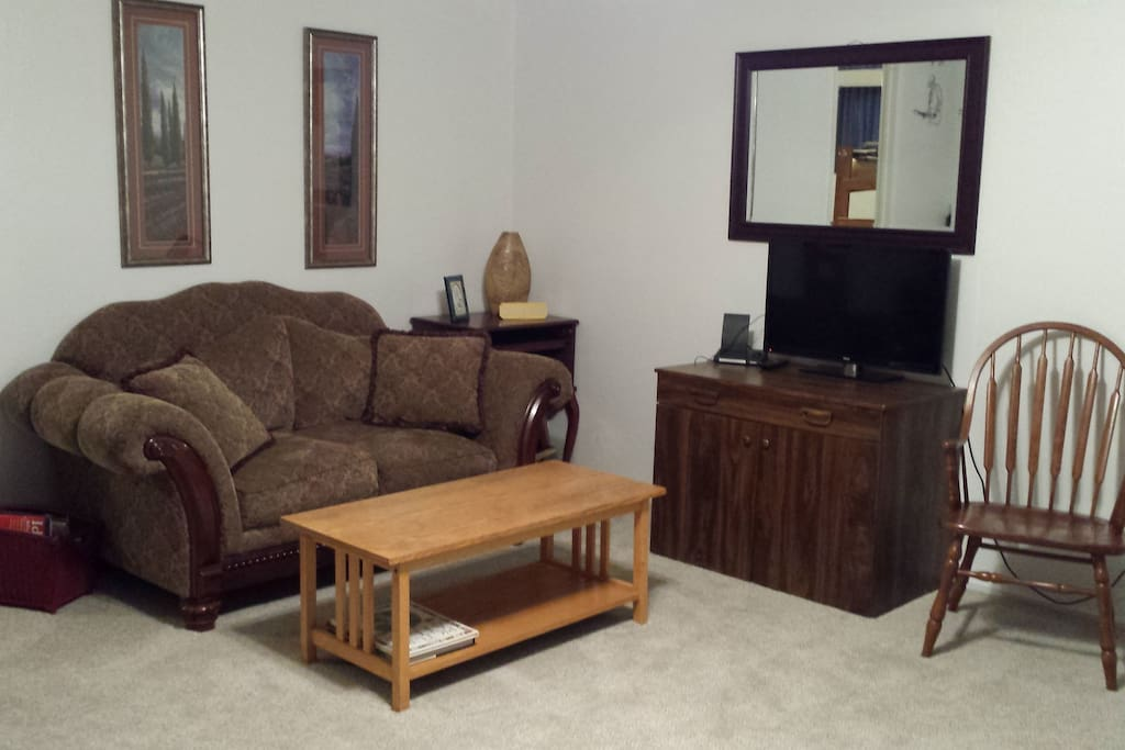 Here is the living room!