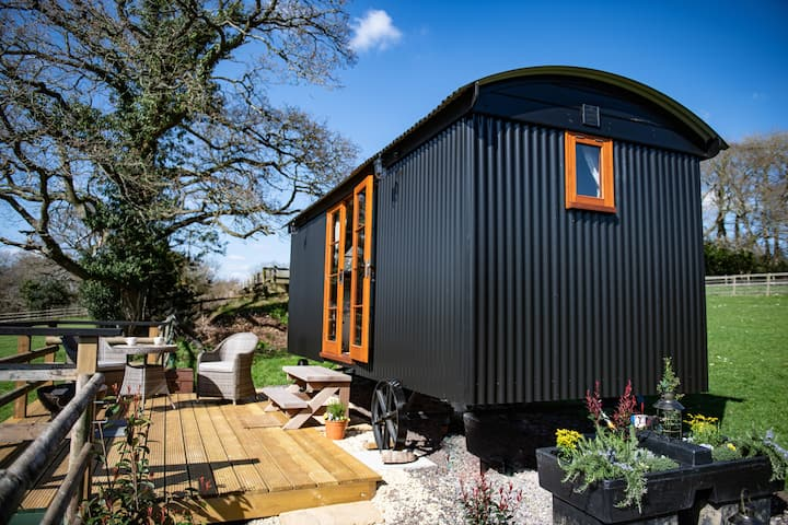 Rushcroft Farm Shepherds Hut
