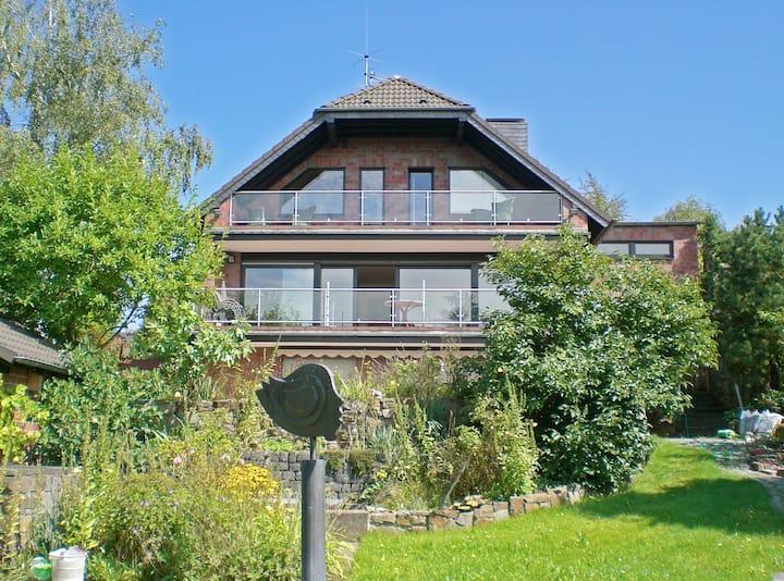 Kleines Ferienapartment, Rheinhöhe bei Bonn