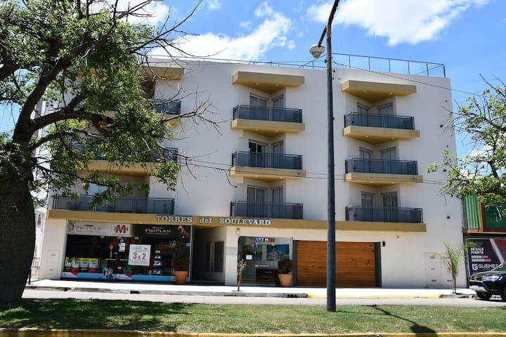 Apart Torres Del Boulevard 1D