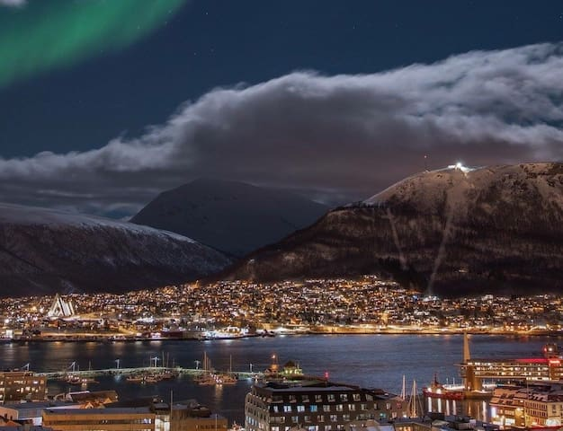Apartment nearby Artic Cathedral - Tromsø - 公寓