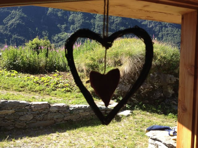Il Baitello, chalet in Val D'Otro - Alagna Valsesia - Hus