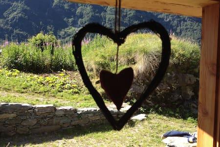 Il Baitello, chalet in Val D'Otro - Casa