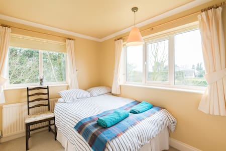 Double Bedroom 3 at Hill House - Witcham - Casa