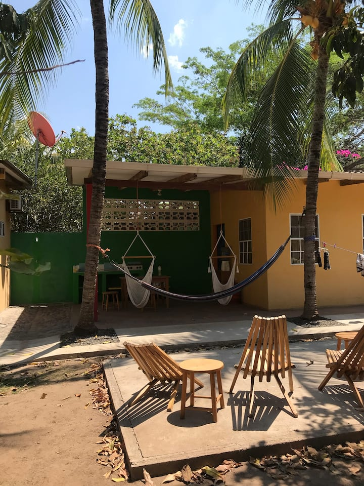 Private Tropical Casita#2 - beach walking distance