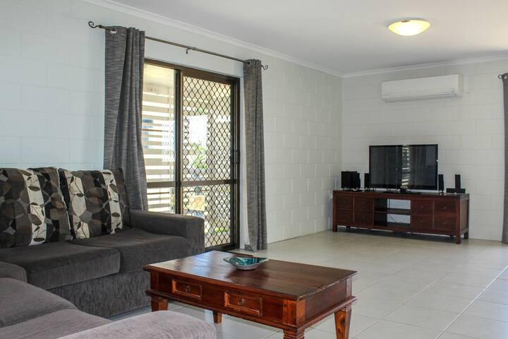 Modern Home Close To Marina