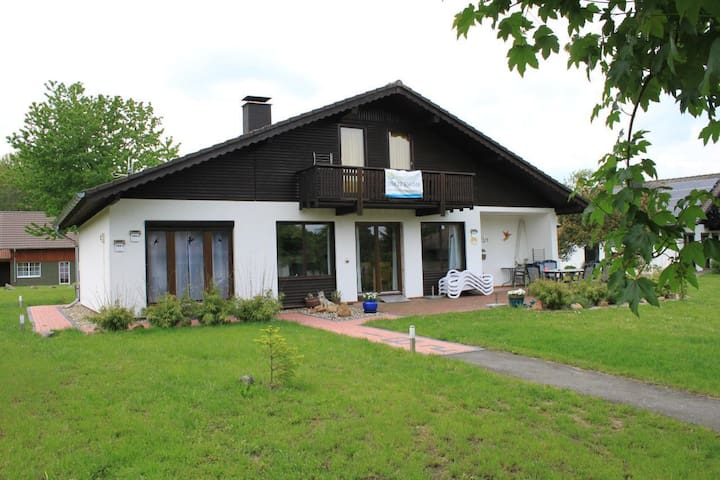 Holiday Home Aschenputtel at Lake Silbersee