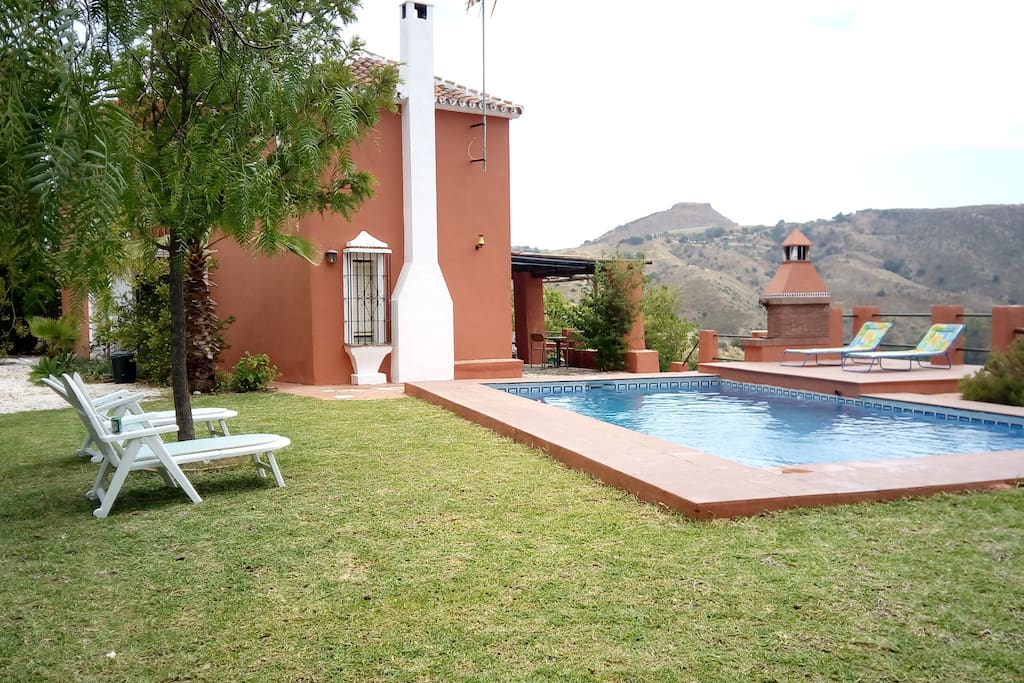 Fachada oeste, piscina