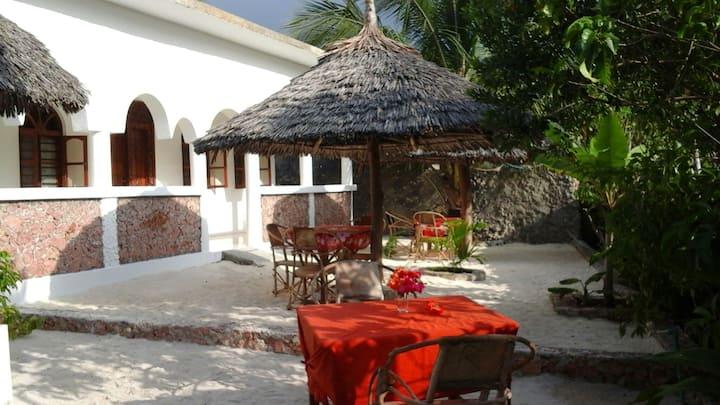 Racoco villa( double room near the  beach!)