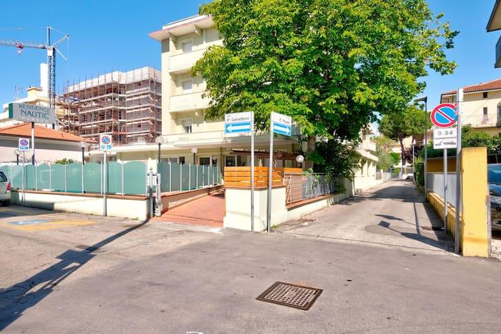 Gemütliches Apartment in der Nähe von Rimini mit Meerblick