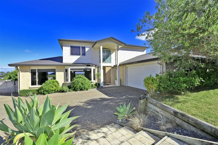 Awesome views, 1 Queen & Ensuite - Havelock North - Talo