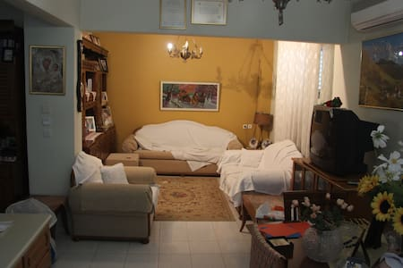 Nice apartment for family or group - Stavroupoli